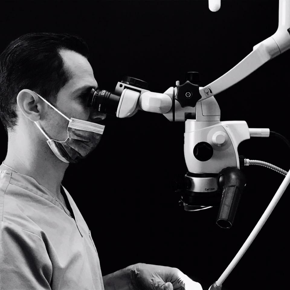 Equipement du cabinet, microscope